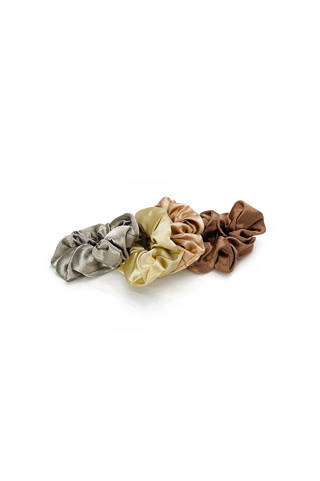 Satijnen scrunchie beige grijs