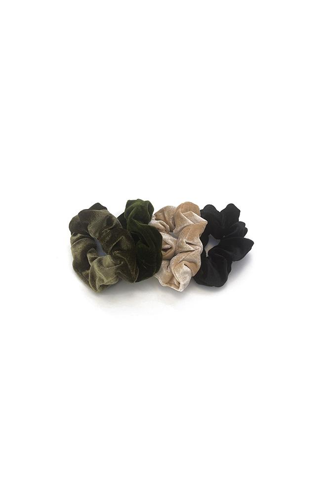 Velours scrunchie set beige groen zwart 4 stuks
