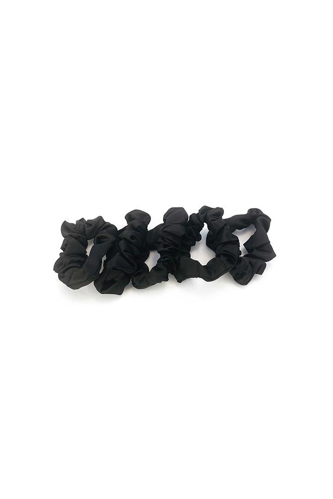 Dunne satijnen scrunchies zwart